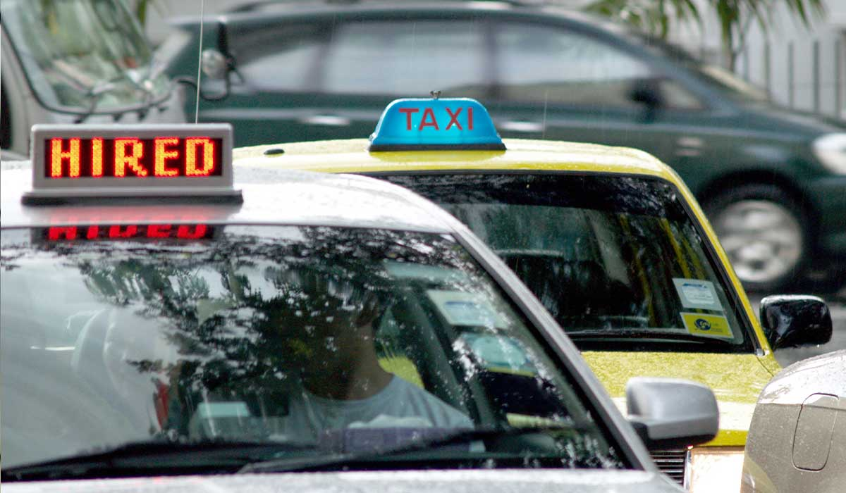ComfortDelGro Taxi and HL Assurance Launches Singapore First Accident and COVID-19 Insurance